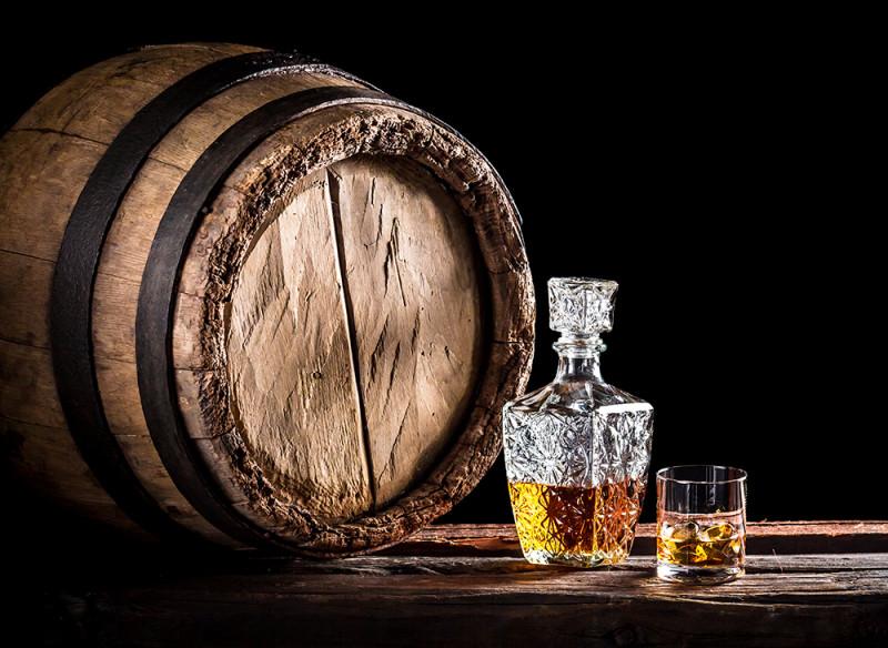 威士忌為什麼是棕色的?