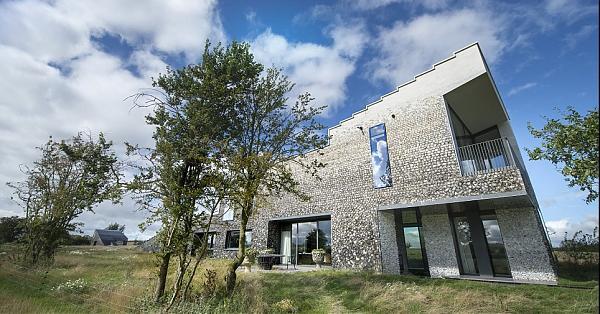 [夢幻住宅] 羅斯柴爾德的招待所Flint House  外觀超低調還得獎