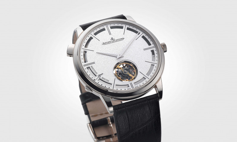 這麼薄還可以這麼複雜 積家Master Ultra Thin Minute Repeater Flying Tourbillon