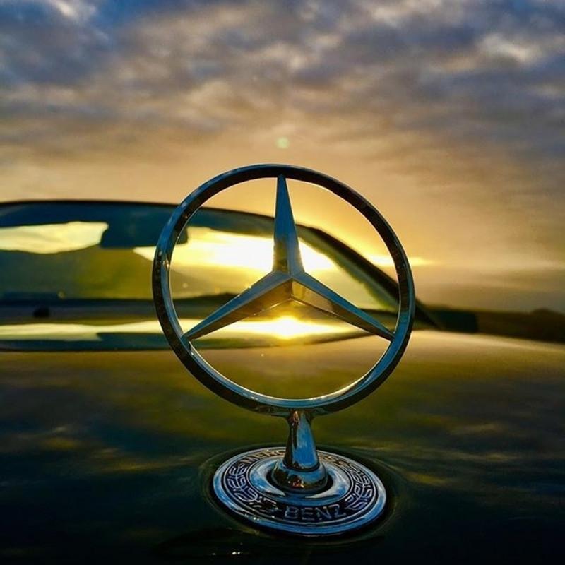 賓士Logo的故事 為什麼Mercedes-Benz又叫三芒星?