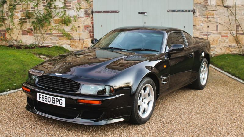 名人座驾 艾尔顿强的Aston Martin