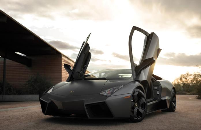 不可撼动的歷史地位 Lamborghini Reventon越老越值钱