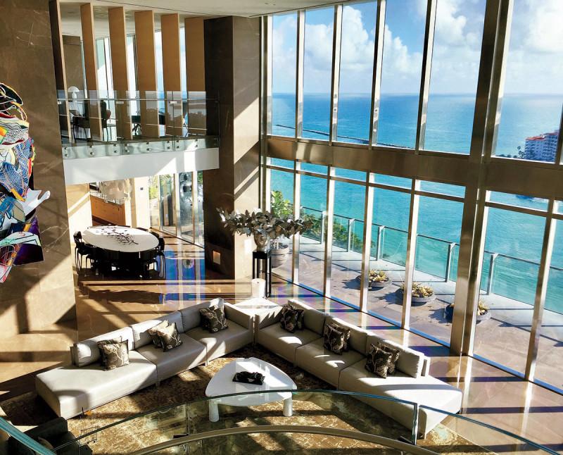 玻璃螺旋梯的无尽遐思 迈阿密Apogee大楼顶层公寓