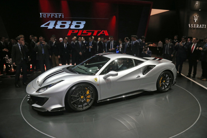 限时限量销售 Ferrari 488 Pista台币基本售价近1800万