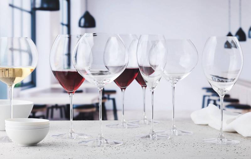 如何分辨含铅水晶杯和无铅水晶杯?