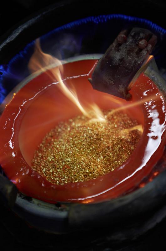 勞力士連貴金屬材質都自己鑄造