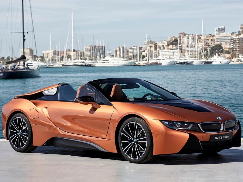 BMW i8双车型上市  i8 Roadster开卖1068万起