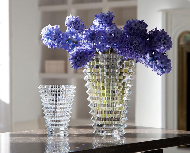 精雕細琢的經典 BACCARAT Eye方形花瓶
