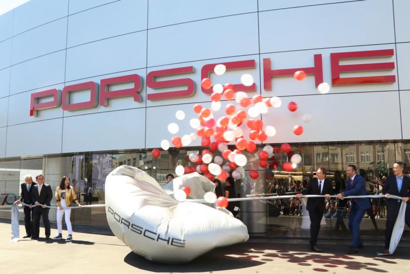 70年一遇 保時捷全球唯一「Porsche Werk 1」客廳落腳新莊副都心