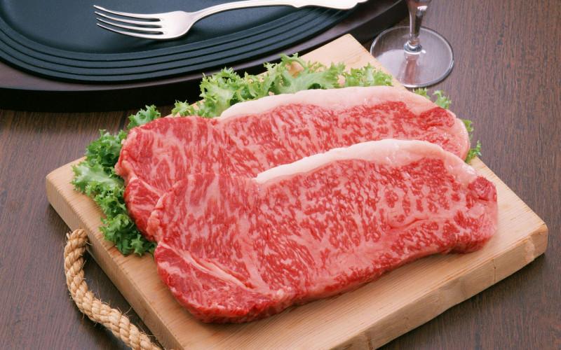 如何分辨雪花牛的油脂是人造還是天然的?
