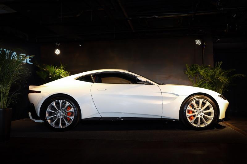 发扬DB10狂放绅士元素 Aston Martin Vantage880万元起正式上市