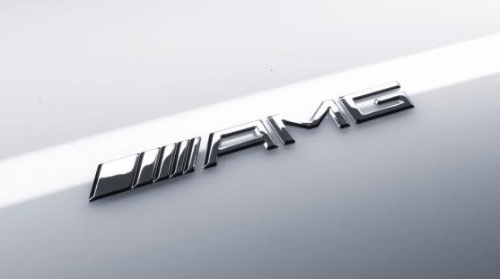另有其人!賓士車尾的AMG竟然不是Mercedes-AMG廠徽