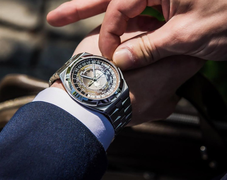 手上鍊會造成自動錶的傷害嗎