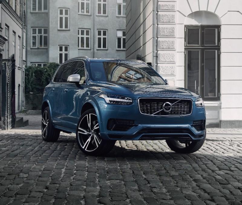 2019 年式 Volvo XC90 登場展現LSUV跑格  D5 Momentum 車型293 萬起
