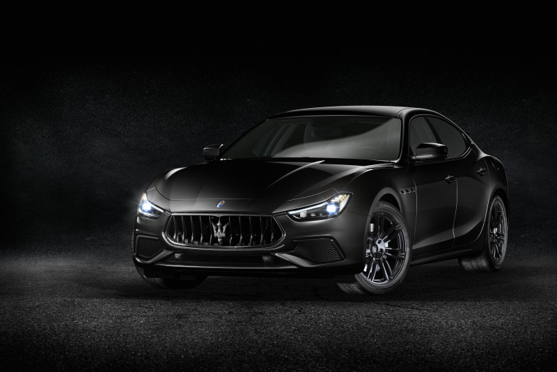 Maserati Ghibli S Q4 GranSport、Levante S GranSport瑪莎拉蒂極致雙黑