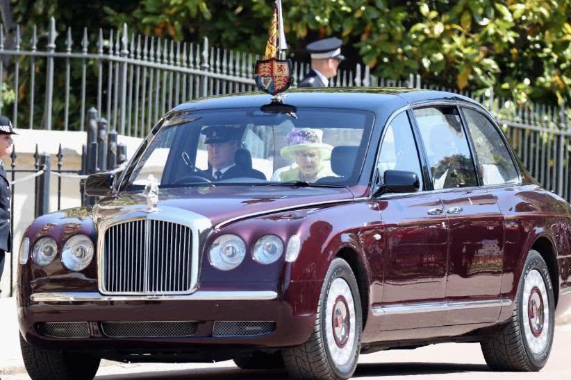 名人座駕 英國女王伊麗莎白二世最愛的賓利