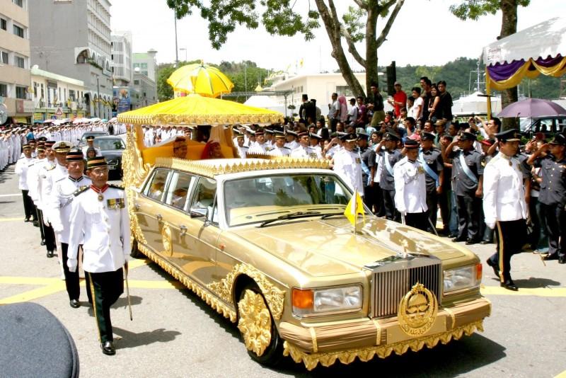 名人座駕 汶萊蘇丹的鑲金款勞斯萊斯