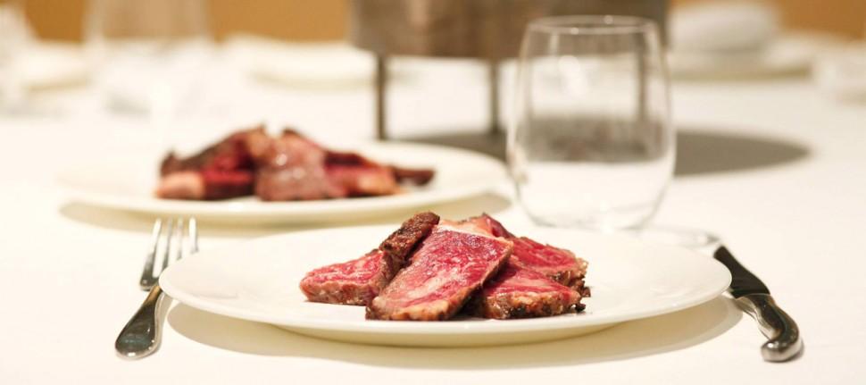 肉質比日本和牛更優?!西班牙小村落出產世上最好牛肉 17歲老牛肉質竟然超嫩滑