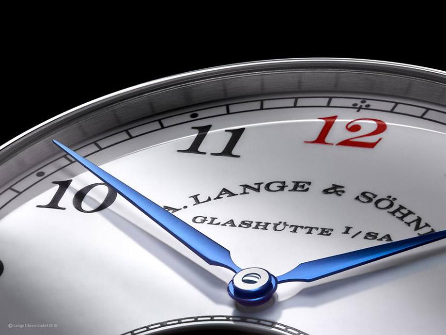 手錶上的藍鋼指針該如何保養